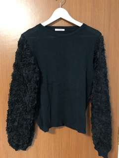 OSF 3D Rose Sleeves Knit Top