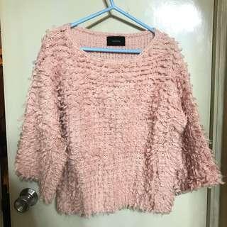 淺粉紅勾線衫