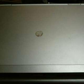 HP elitebook i5 size 12.1inch