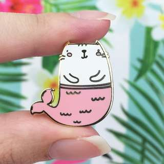 Mermaid Kitty Gold Enamel Pin - Cute Enamel Pin for Jackets and Backpacks / Hard Enamel Pin / Lapel Pin