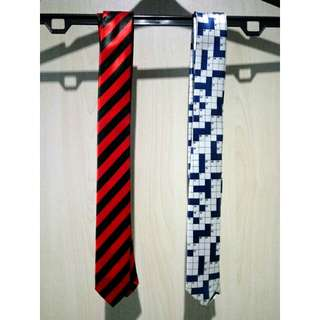 NEW W/ TAG 2 Skinny Satin Patterned Ties