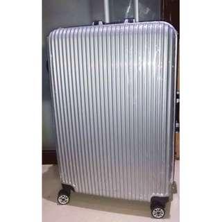 全新 28吋密碼鎖旅行喼 行李喼