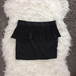 🔴🔴🔴[BNWT] Pleated Peplum Skirts
