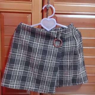 🚚 格紋高腰裙