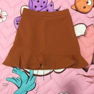 🔴🔴🔴[BNWT] Ruffles Bottom Skirt