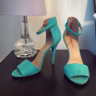 Zigisoho Ankle Strap Heels!