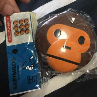 Bathing Ape, Baby milo magnet and box