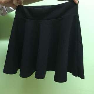 黑色迷你短裙