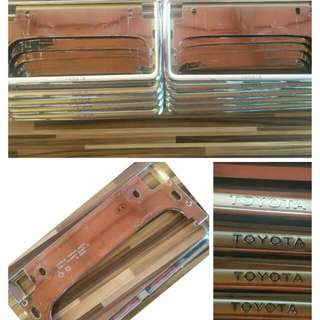 Frame Plate Toyota Chrome Gold