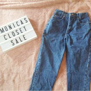 Vintage Mid-Wash Mom Denim Jeans Pants