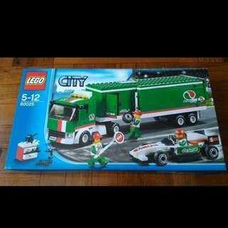 全新未開盒 Lego 60025 Grand Prix Truck City 系列 (13年出產)