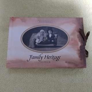 """🈹""""Anne Geddes"""" Family Heritage Album"""