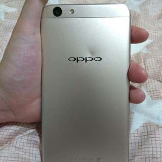 Oppo F1s for sale. (NEGOTIABLE)