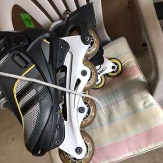 Roller blades size 5