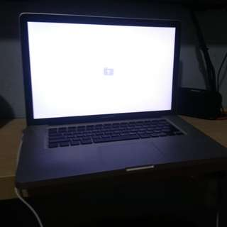 Macbook pro 15inch c2duo mid 2009
