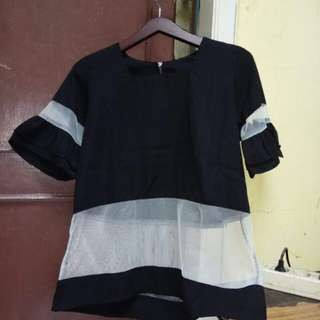 Black blouse tile