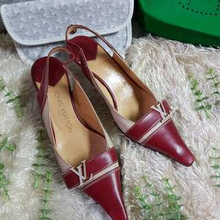 Authentic Louis Vuitton Red/Nude Color LV Logo Pointed Kitten Heel Pumps Size 35 1/2 also fits to size 36 to 36 1/2