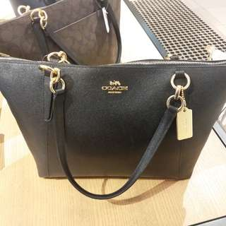 brand new Coach handbag Black