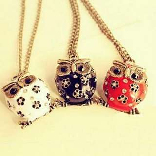 The Three Owls Pendant - Necklace