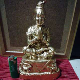 Old Collections Of Kumantong bucha with singha in front. Good for authority wealth. 88218952