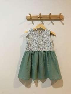 Dress anak umur 3-4 tahun
