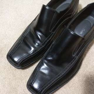 Calvin Klein Dress Shoes Size 10