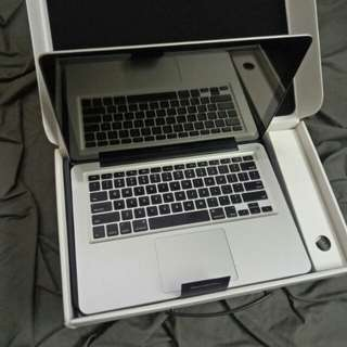 Macbook Pro 2011 2.3GHz Core i5 4GB 320HDD 13.3inch LED OS Sierra