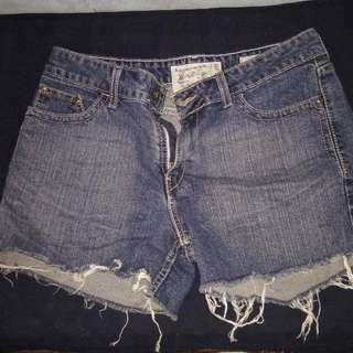 Orig Levis Strauss Ripped Shorts