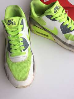 Women's Nike Air Maxes