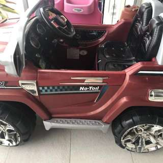 Two seater Battery operated Electric car