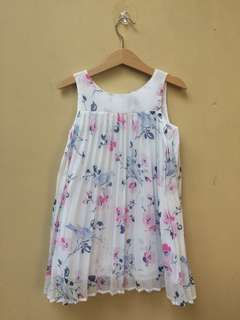Dress Gap Kids size 4-5 tahun