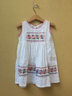 Pretty Dress Size M (3-4 tahun)