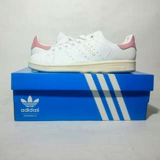 SALE!!!  Adidas Stan Smith (Womens)