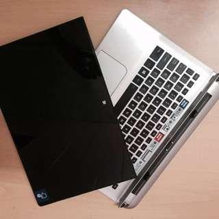 Toshiba Satellite Click 2 Pro Touchscreen Laptop