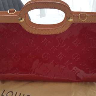 Red Patent Leather Louis Vuitton Clutch