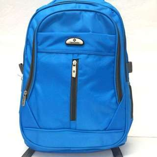 Samsonite backpack size : 17 inches