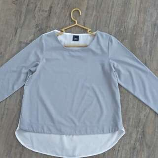 iora Top in size S