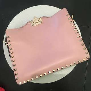 AUTHENTIC VALENTINO ROCKSTUD BAG *PRICE REDUCED
