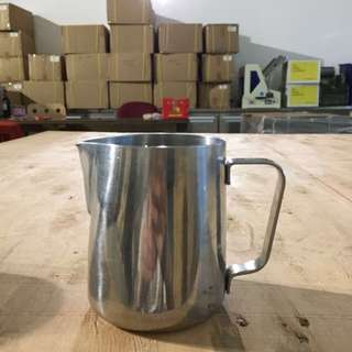 Rhino ware 12 oz stainless steel pitcher - very good for latte art