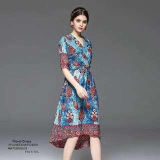 Floral dress fits S-L