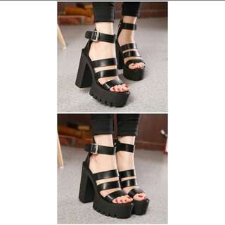 Free ship!!! CHUNKY STRAPPY PLATFORMS