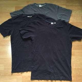 3 Darker shades of plain uniqlo tees