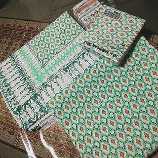 Bn Ikea 6seater tablecloths & napkin