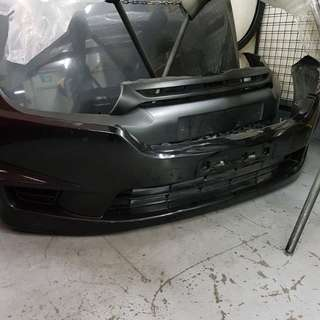 06 stream front bumper(used)