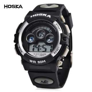 HOSKA H001B CHILDREN LED DIGITAL WATCH WATER RESISTANCE DAY CHRONOGRAPH SPORTS WRISTWATCH (WHITE AND BLACK) 0