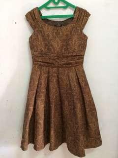 Brown Dress cocok untuk ke pesta