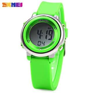 SKMEI 1100 COLORFUL LED DIGITAL WATCH CHILDREN SPORT WATER RESISTANT WRISTWATCH (GREEN) 0