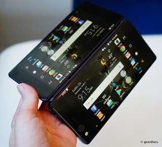 潮爆雙屏幕摺芒手機 ZTE Axon M