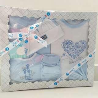 Baby Boy Gift Set Montaly