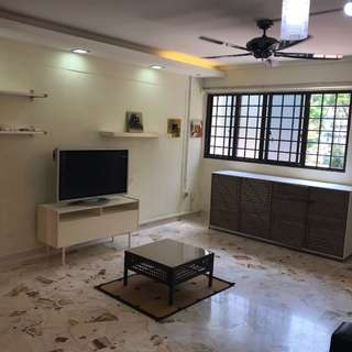 Jurong East rooms for rent